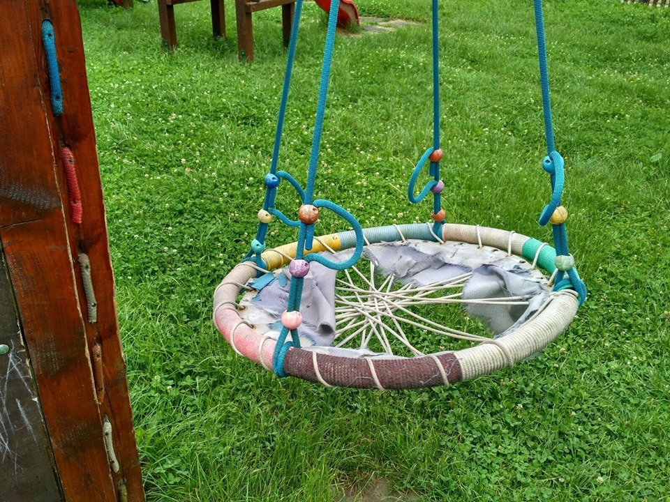Probleme la mai multe locuri de joacă pentru copii