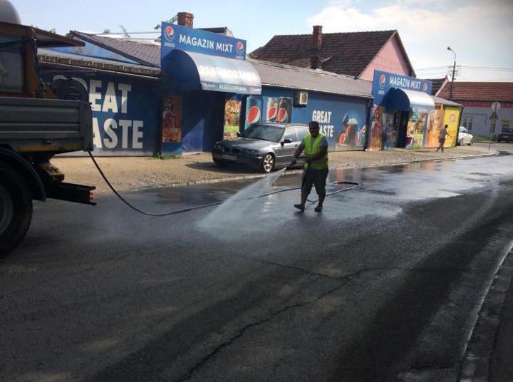 Salubrizarea străzilor continuă la Timişoara