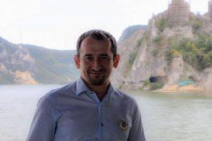De ce vrea primarul din Moldova Nouă să demisioneze