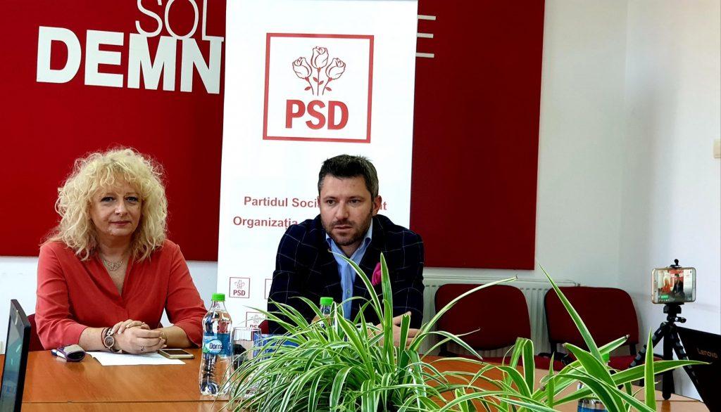 """Consilierul PSD Timișoara, Gabriela Popovici: """"Un fapt care nu mi se pare normal în Timișoara anului 2019 ca părinții să zugrăvească sălile copiilor"""""""