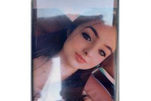 O fată de 15 ani este căutată de familia din Bocşa şi de Poliţie