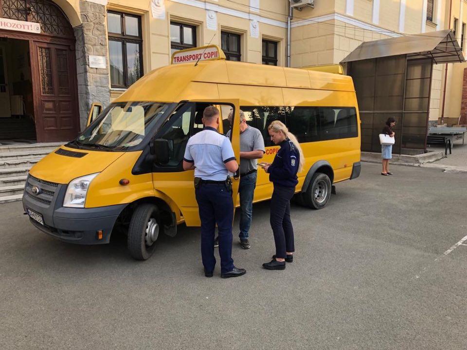 Control în trafic al microbuzelor școlare din Arad