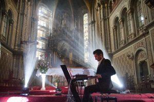 Daniel Dorobanțu şi Dora Gaitanovici, Concert de Basm la Biserica Millenium