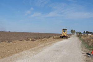 Acces mai rapid către Timișoara. CJT asfaltează drumul dintre Șipet și Folea
