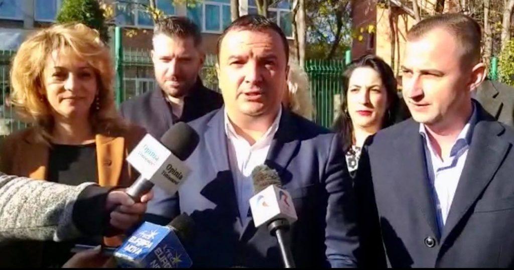 Dobra a renunţat la funcția din partid pentru a candida la Consiliul Judeţean