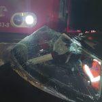 Bărbat încarcerat în autoturism, în urma unui accident feroviar