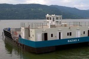 Pornesc cursele pe Dunăre cu bacul spre Serbia