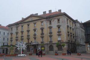 Proprietarii care nu își întrețin imobilele din zona centrală, amendaţi