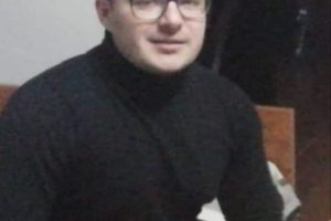 Tânăr dispărut după ce s-a urcat într-un taxi în Complexul Studenţesc