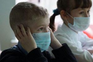 Aproape 3.000 de elevi au infecţii respiratorii în Timiș