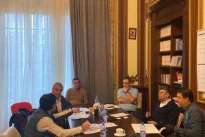 PSD, ALDE şi Pro România depun în Parlament un proiect de lege în favoarea companiilor