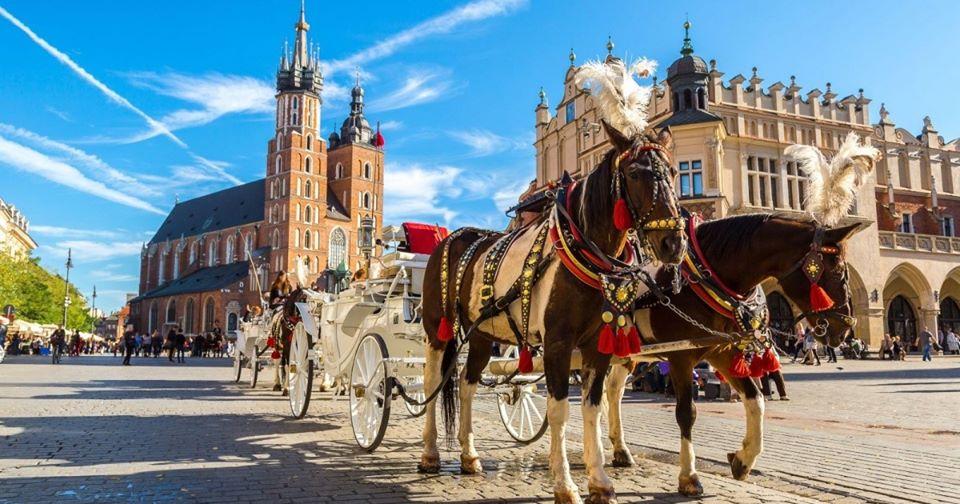 "Foto. Hai cu King Travel la Cracovia să afli ""Legendele din Malopolska""!"