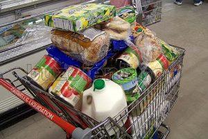 Mesaj de la Protecţia Consumatorilor: Mănânc ce-mi place dar nu risipesc!