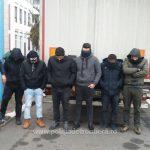 Treizeci și patru de migranți opriţi la frontiera cu Serbia