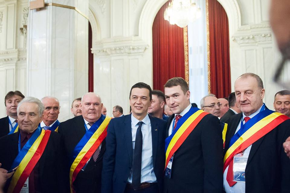 Primarii din Timiș, întâlnire cu premierul în cadrul Adunării generale a Asociației Comunelor