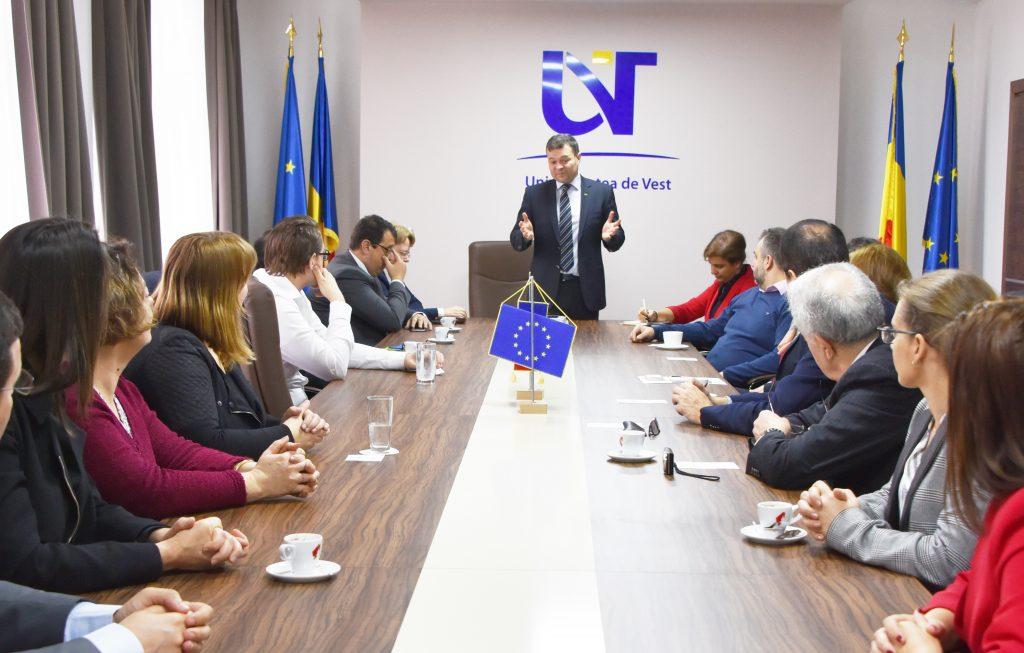 Profesori universitari din 12 țări, la UVT