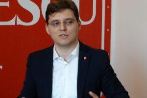 Victor Negrescu: Brexit nu trebuie să lovească în drepturile românilor din Marea Britanie