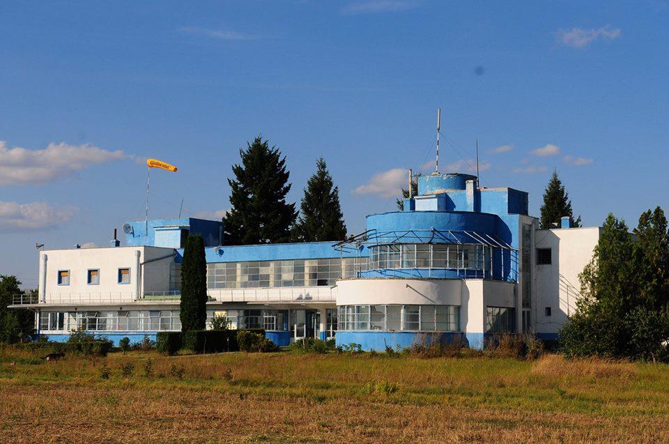 CJT mai face o încercare de preluare a clădirilor Aeroportului Cioca. Vrea să le scoată din paragină
