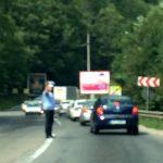 În weekend, poliţiştii de la Rutieră au dat peste 400 de amenzi