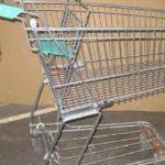 Mare grijă la portofel când mergeţi la cumpărături. Iată ce a păţit o femeie!
