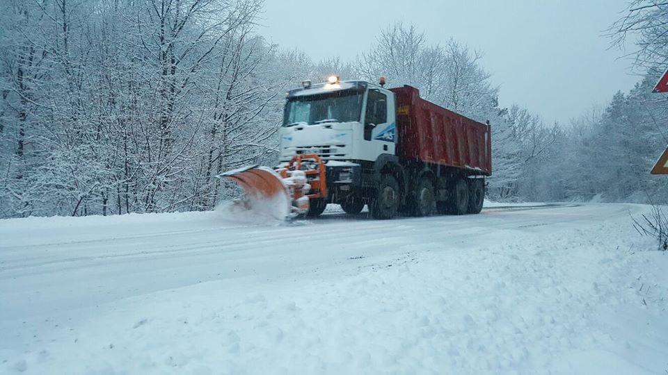 Iarna nu-i ca vara! Ce spune ministrul Transporturilor despre deszăpezire