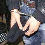 Bănuiți de comiterea mai multor furturi, reținuți de polițiști
