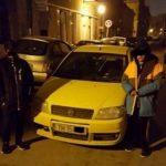 Doi puşti, prinşi rapid de Poliţia Locală după ce au furat o maşină