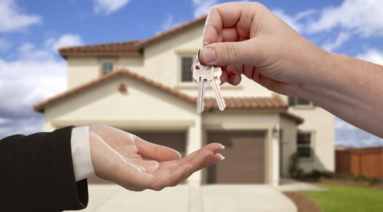 """Programul """"Prima casă continuă"""" în 2017 și beneficiază de norme mai simple"""