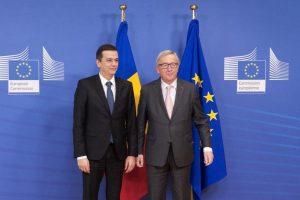 Premierul României, întâlnire de afaceri cu președintele Comisiei Europene, Jean-Claude Juncker