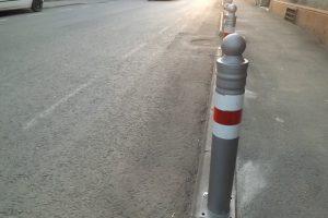 """Consilier Arad: """" Primăria încurcă circulația cu stâlpii de lângă pistele de biciclete"""""""