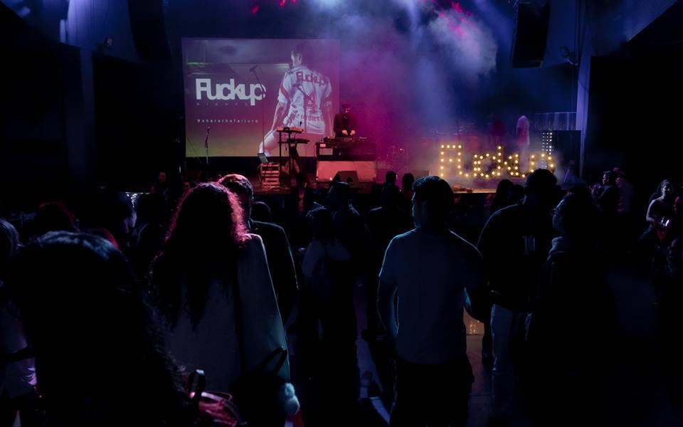 Concept global nou în Timișoara: antreprenorii locali își spun eșecurile la serile Fuckup Nights