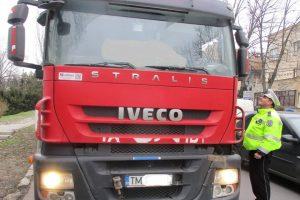 Sancțiuni pentru conducătorii de autovehicule de mare tonaj care circulă prin locuri nepermise
