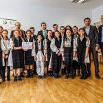 """Una din patru școli din mediul rural și peste 57 mii de elevi implicați în activități de reutilizare creativă. Cine sunt câștigătorii proiectului """"Let's Be ECO!"""""""