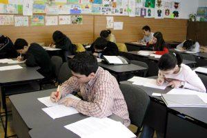 Luni începe simularea probelor scrise ale examenelor naționale