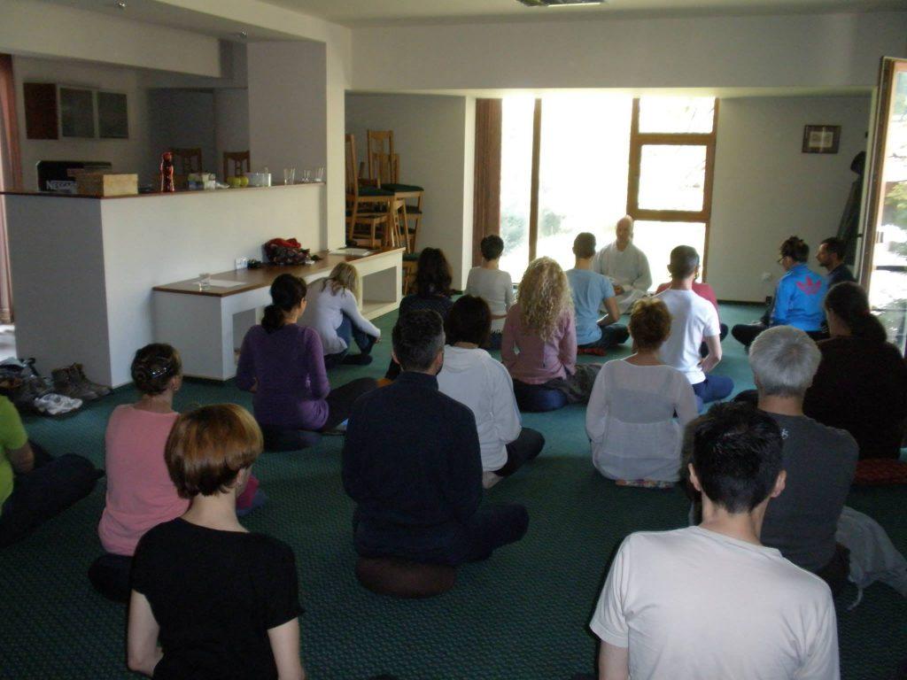 """Conferința """"Existența umană prin ciclurile vieții și morții"""". Învăţătorul Zen, Chong An Sunim revine la Timișoara"""