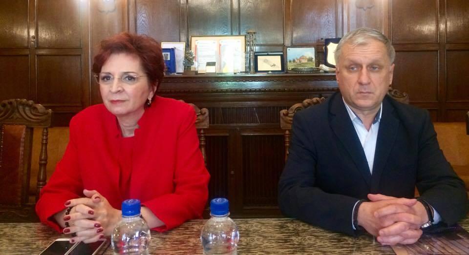 """Mediul de afaceri din Timiș, invitat la o sesiune de discuţii privind """"Principalele prevederi legislative vamale în 2017"""""""