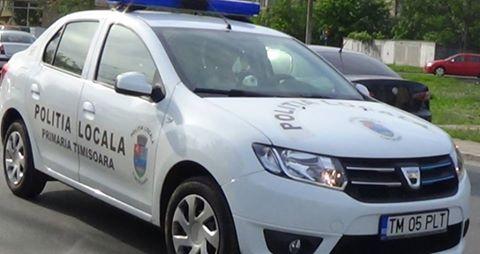 Poliţia Locală e cu ochii pe şoferii care circulă cu mașinile pe liniile de tramvai din Piaţa Libertății