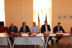 Primarii reședințelor de județ au semnat acordurile prin care vor selecta proiectele pentru dezvoltare urbană