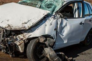 Accident grav în Mehedinţi. Șase victime, printre care doi copii, au ajuns de urgență la spital