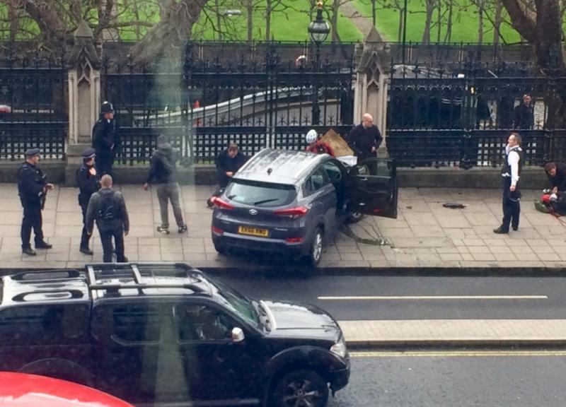 Românca rănită în atacul din Londra a murit