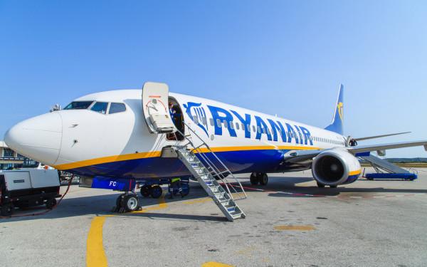 O sută de mii de persoane au zburat pe ruta Timișoara – București cu Ryanair