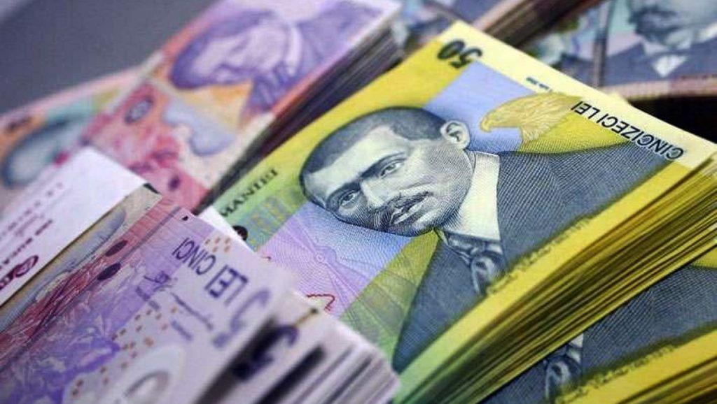 Salariile bugetarilor, plătite înainte de Paște. Pensiile nu