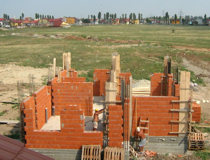 La ce trebuie să fiți atenți dacă aveți o casă în construcție