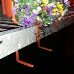 Doi belgieni, amendați pentru că au distrus un ghiveci de pe Podul Michelangelo
