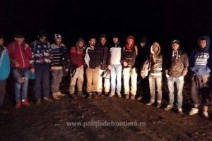 27 de migranți, depistaţi de poliţiştii de frontieră în timp ce intenţionau să intre ilegal în România