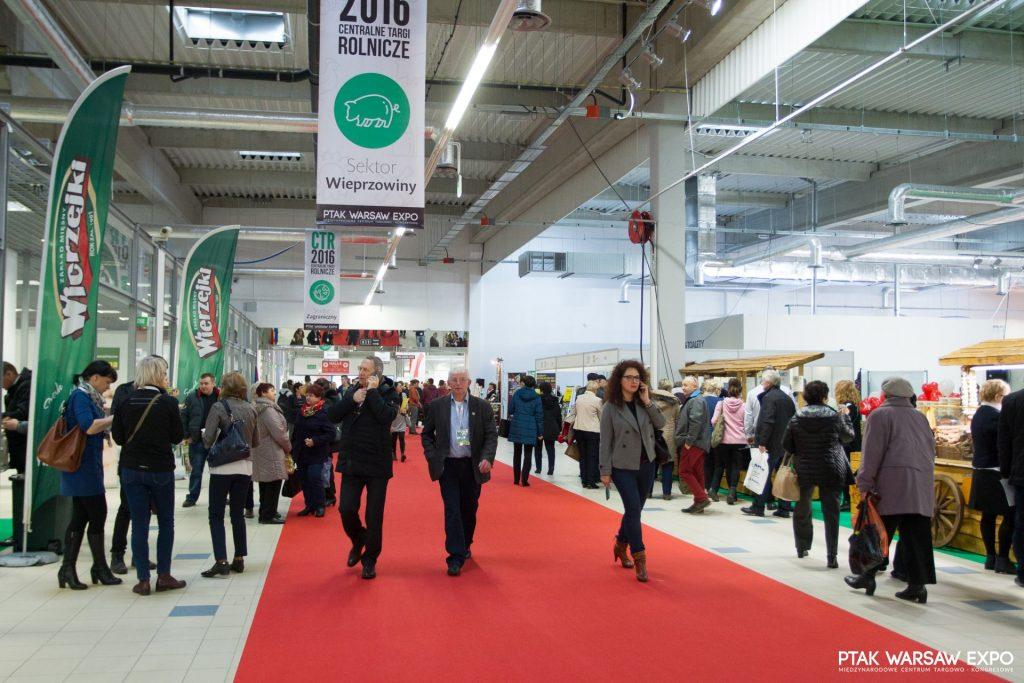 Cei mai mari producători chinezi, prezenţi la Expo Varşovia 2017