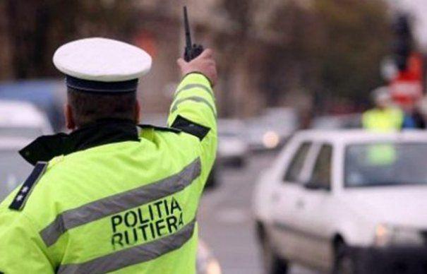 Oamenii legii, la datorie de Anul Nou. Peste 800 de poliţişti acționează suplimentar