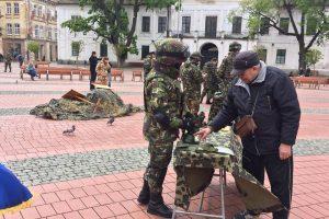 Ziua Forțelor Terestre: expoziție de armament ușor de infanterie, atelier de prezentare tehnici de supraviețuire, concert de fanfară