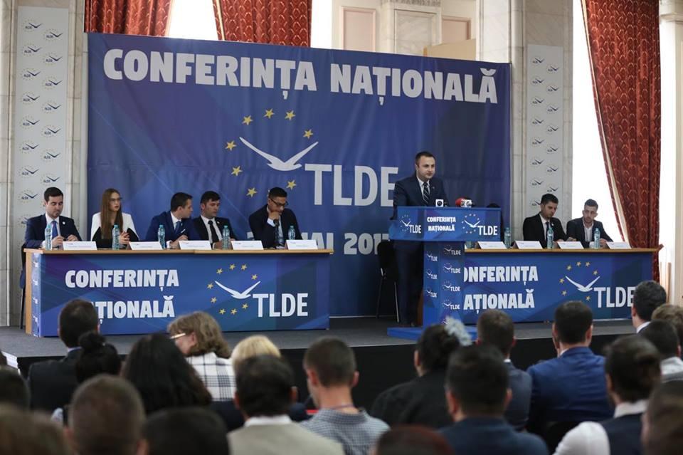 """Deputatul Marian Cucșa la Congresul tineretului ALDE: """"Am încredere în tineri!"""""""