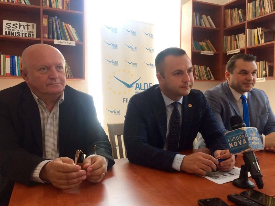 """Deputatul Marian Cucșa: """"Vedem că ignoră timișorenii care au spus că nu vor fântâniță în Parcul Botanic"""""""